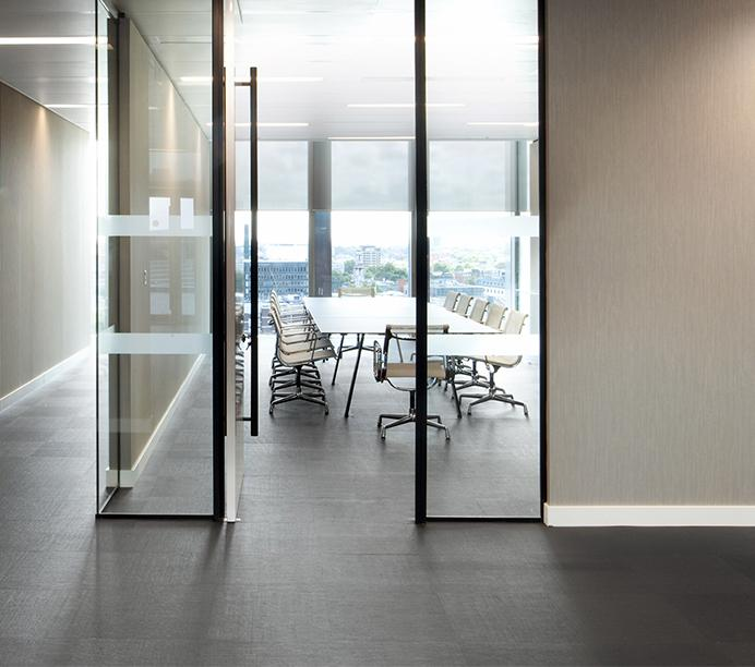 Workspace and Office Design Projects in London: Santander Asset Management